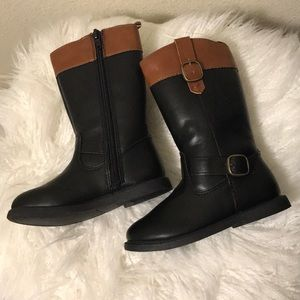 Carters black and brown boots size 7